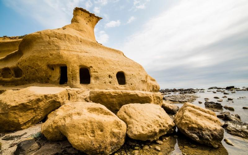 Formaciones rocosas de la Playa de los Cocedores