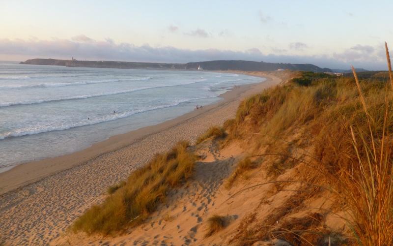 La playa de Salinas es una de las más apreciadas de Asturias