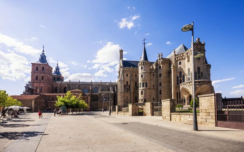 Plaza de la catedral de Astorga