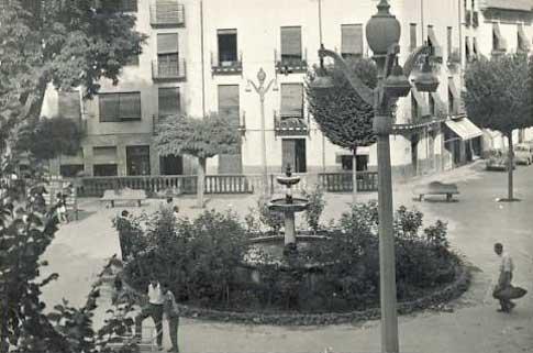 fotografia antigua Plaza Mayor de Baza