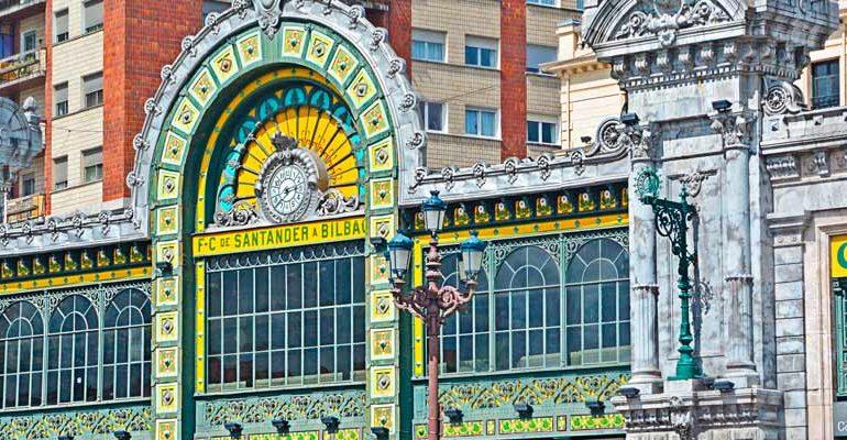 En las artísticas estaciones de Bilbao