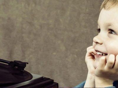 Canciones populares que sonaban en la década de tu nacimiento