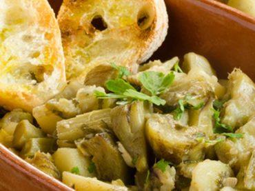 Receta de alcachofas en su salsa