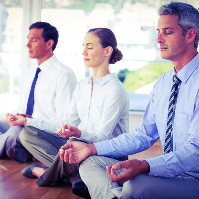 Mindfulness (o la moda de meditar con tus compañeros de trabajo)