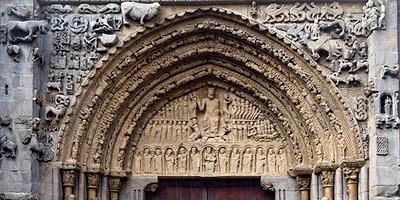 Romanico en Navarra portico Santa María la Real en Sangüesa