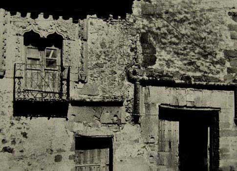 Fotografía antigua de la Posada del Cordón