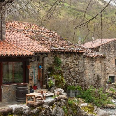 11 Pueblos de piedra para descubrir este verano