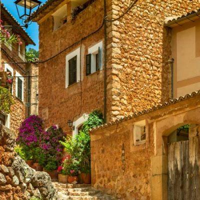 Qué ver en Fornalutx, uno de los pueblos más bonitos de España en la sierra de Tramontana