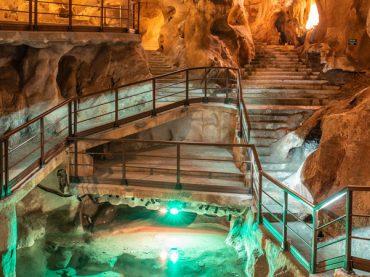 Cueva del Tesoro, la única cueva de origen submarino de Europa
