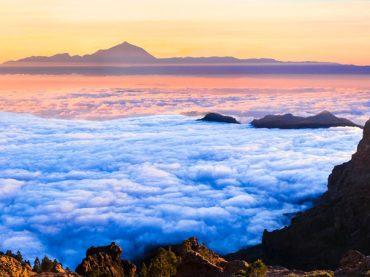 Cinco lugares de España en los que puedes caminar por encima de un mar de nubes