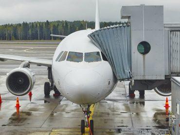 La «nueva normalidad» arranca en los aeropuertos con una baja actividad