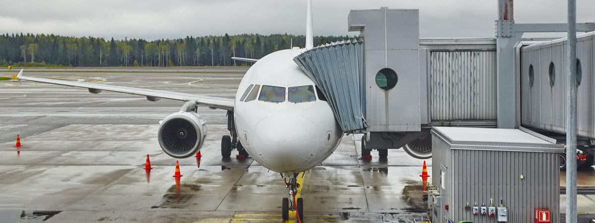 """La """"nueva normalidad"""" arranca en los aeropuertos con una baja actividad   España Fascinante"""