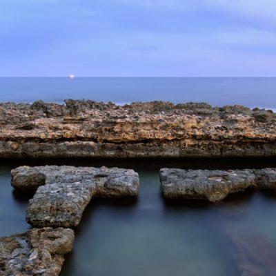 Baños de la Reina de Calpe, para darse un baño en la playa entre ruinas romanas