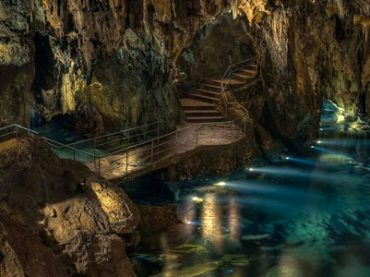 Five Caves in Spain That You Can Not Miss