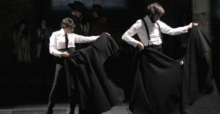 Oteyza reinventa la capa española