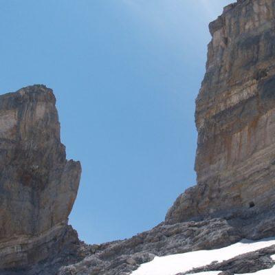 El día que un francés partió la montaña en dos | Leyendas de los Pirineos 4