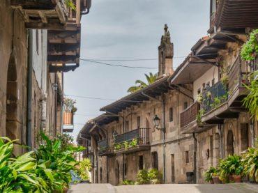 7 bonitas calles de España: un viaje en el tiempo a través del arte