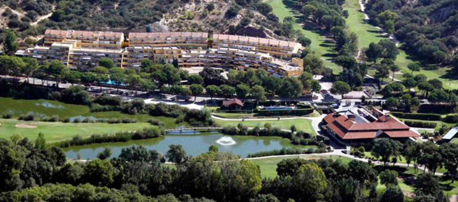 Club de Golf Lomas Bosque, un campo de competición dentro de un Club Social