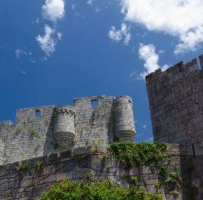 El Castillo de Castro Caldelas, la historia de una fortaleza de leyenda