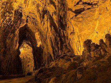 Cueves, el pueblo cueva de Ribadesella