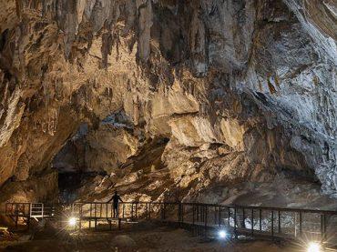 Ramales de la Victoria, un pueblo con dos cuevas espectaculares