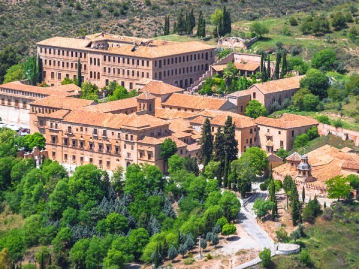 Abadía del Sacromonte y las santas cuevas, la joya desconocida de Granada