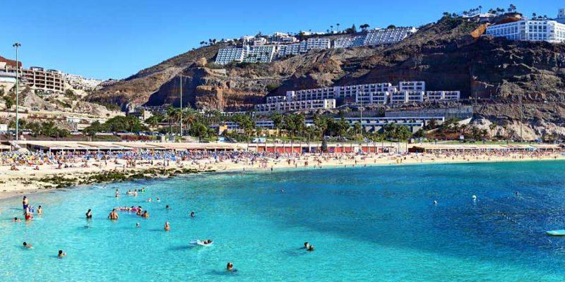 Canarias pagará los gastos extra a los turistas que contraigan Covid-19