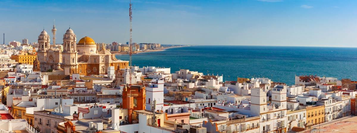 1. Un paseo para conocer la historia de Cádiz.