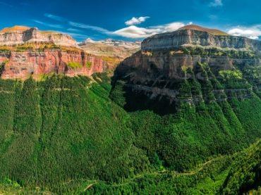 Monte Perdido, tan grande como el egoísmo de un pastor | Leyendas de los Pirineos 7