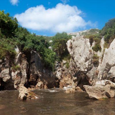 Gulpiyuri o la playa más pequeña del mundo   El Rincón del Finde: A remojo 14
