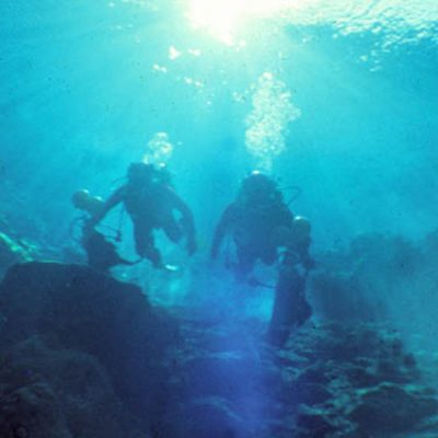 El Pozo Azul… ¿Una cueva submarina sin fin?