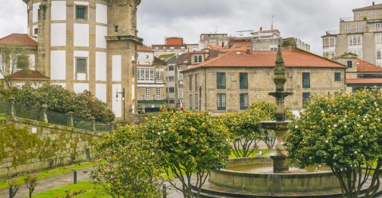 Ruta de las camelias por las Rías Baixas: tres siglos de aromas y colores
