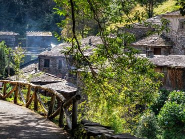 Taramundi: agua, inventos, naturaleza y un récord Guinness