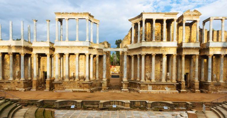 El Teatro Romano de Mérida: teatro 2000 años después   7 Maravillas de la España Antigua