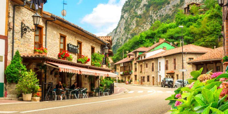 El turismo rural empieza a ganar reservas y sitúa la recuperación en agosto