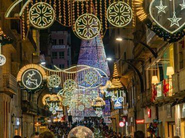 Vigo comienza a instalar hoy las luces de Navidad