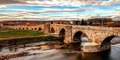 Puente de Hospital de Órbigo y su Passo Honroso