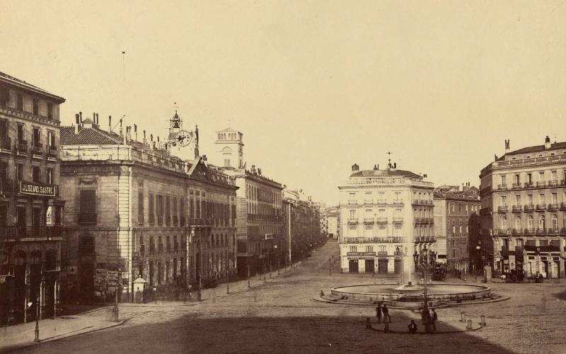 La Puerta del Sol en 1870