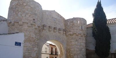 Puerta de Toledo en Yepes