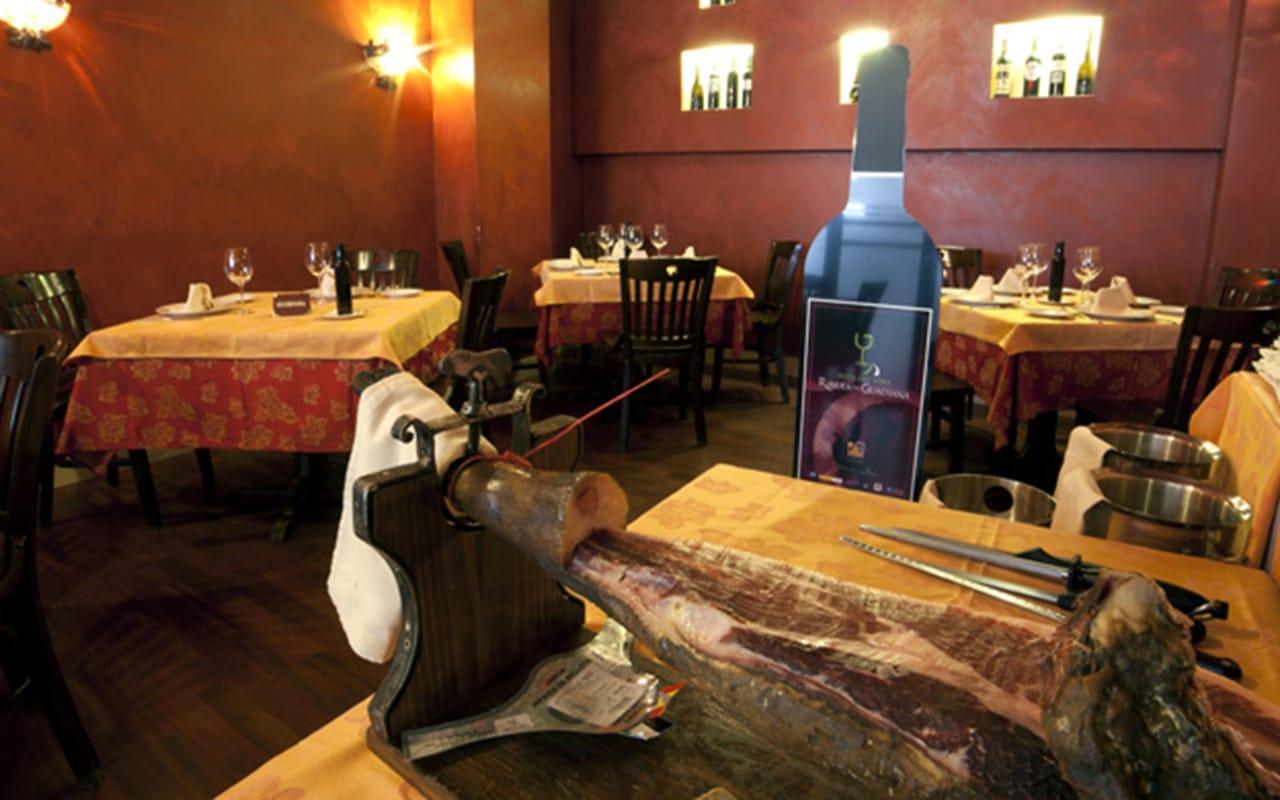 comer almendralejo restaurante museo vino