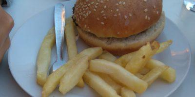 comer hamburguesa playa san juan rincon tapeo