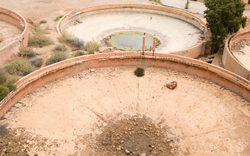 Vista de una mina de oro abandonada desde hace años en Rodalquilar