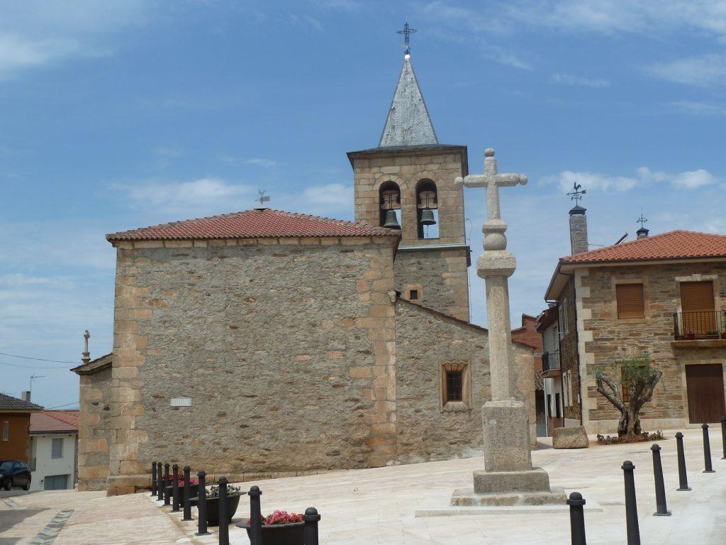 Iglesia de San Pelayo en Trabazos