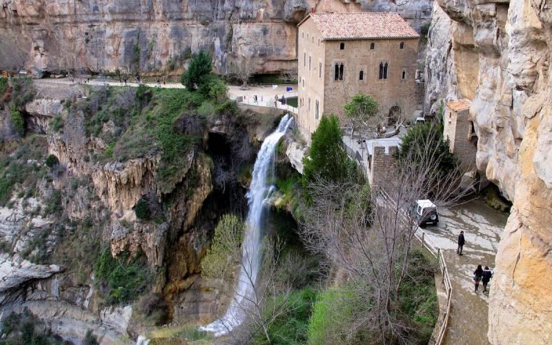 Vista aérea del Monasterio de Sant Miquel de Fai