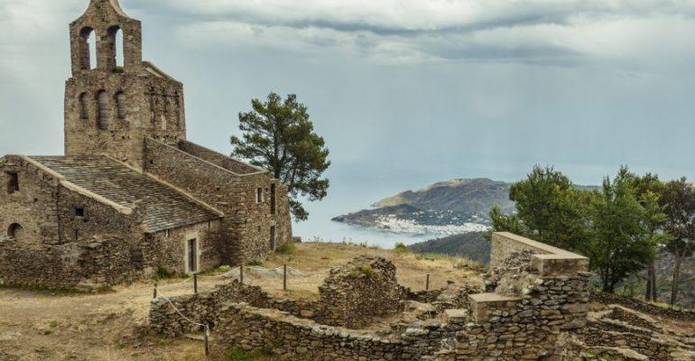 Descubren una mansión medieval en la Costa Brava