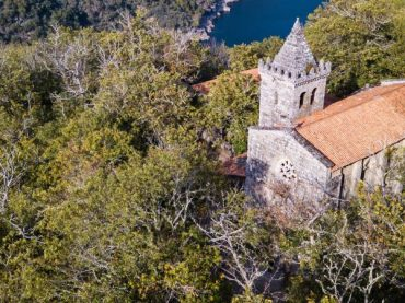 Monasterio de Santa Cristina de Ribas de Sil, parte del alma de la Ribeira Sacra