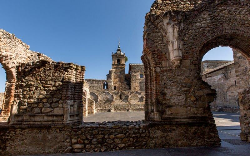 Ruinas de Santa María de Carracedo