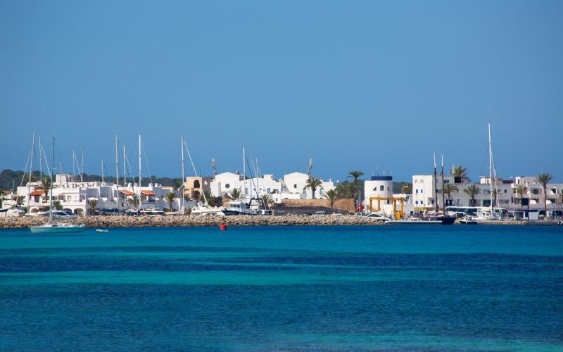 Vista de Cala Savina (Formentera)