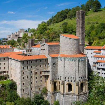 El Santuario de Arantzazu, una puerta religiosa hacia la vanguardia