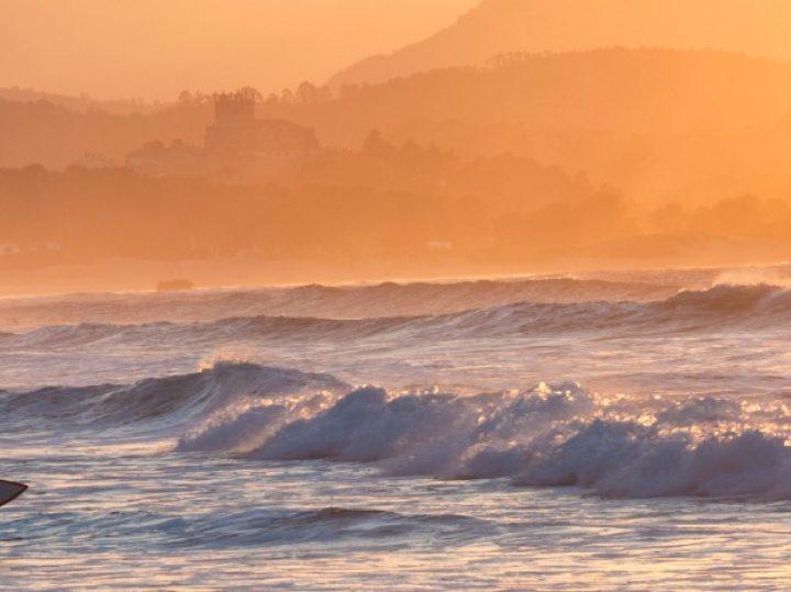 Cantabria de ola en ola: el surf como forma diferente de conocer la costa